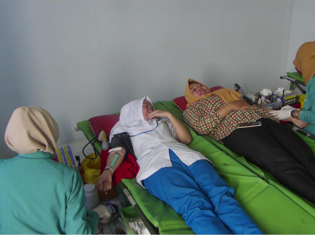 Donor Darah AKBID Karya Bunda Husada Tahun 2018(4)