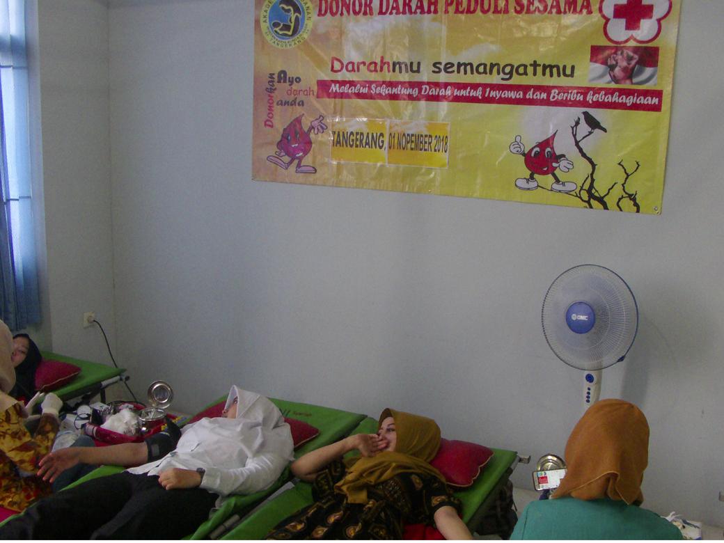 Donor Darah AKBID Karya Bunda Husada Tahun 2018(7)